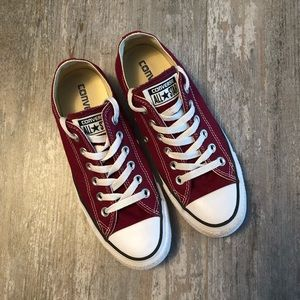 Converse Chuck Taylor Shoes Sneakers Burgundy 6
